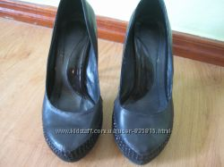 Туфли фирмы Marinety -35 -36 размер
