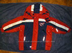 Разные  осенне-зимние куртки Тополино, рост 92-98