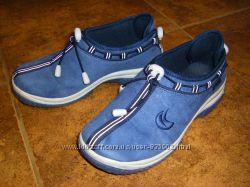 Кожаные кроссовки Найк, SALOMON в отличном состоянии 34-35 размер