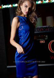 Стильное синее платье с эффектной вставкой love republic