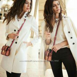Стильное черное и белое пальто love republic