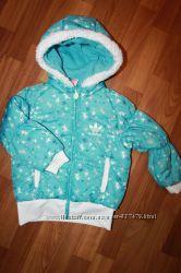 ADIDAS оригинальная куртка для девочки на рост 104