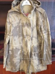 Оригинальная куртка в стиле милитари с вышивкой на спине