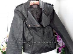 Приталенная куртка косуха, с баской , эко кожа