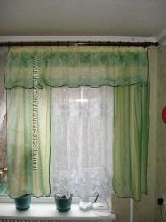 Красивая белая занавеска, штора, для кухни, на кухню, очень красивая
