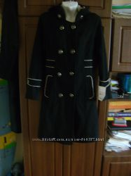 Новое пальто с капюшоном 44  S  р