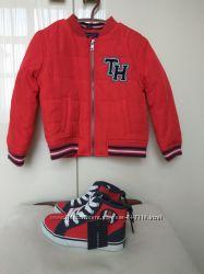 Осенняя куртка на мальчика Tommy Hilfiger на 3 года