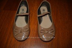Туфли для девочки 28р