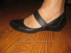 Качественные кожанные туфли размер 41 стелька 26. 5 см