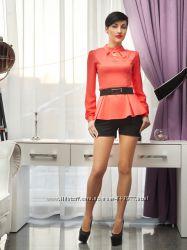 Блуза з баскою, в наявності розмір М