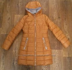 Куртка демісезонна в відмінному стані розмір М 44