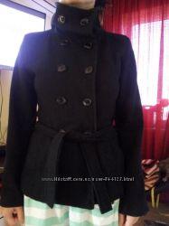 Не дорого, женское пальто на осень