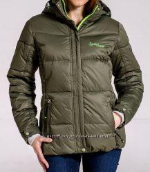 Зимняя очень теплая куртка  Avecs на холлофайбере, раз 46, 48, 50