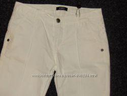 Светлые джинсы CNC