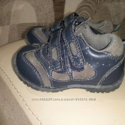 Кросовочки на манюню, Mothercare, сток