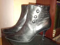 кожаные ботинки женские tamaris  36р