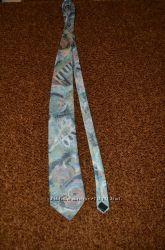 Распродажа галстуков
