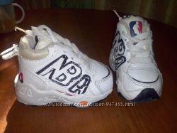 Продам классные детские кроссовочки