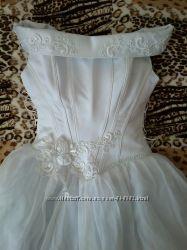 Елегантное свадебное платье