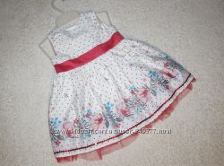 Очень красивое  платье девочке до года