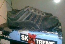 Продам детские кроссовки SKECHERS