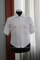 Белая блузка с вышивкой для девочки