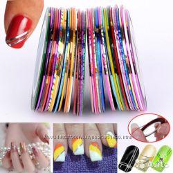 Самоклеющиеся ленты для дизайна ногтей.
