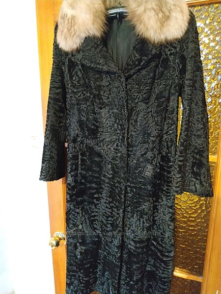 Демисезонное пальто-шубка, натуральная каракульча р.46