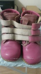 Отдам ортопед. ботиночки Ecoby 26 размер