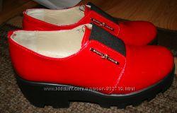 Оригинальные очень удобные кожаные туфли