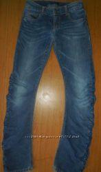 Benetton, Sisley джинсы  на рост 140 см