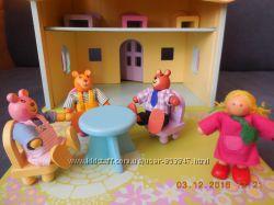 ELC Англия Деревянный красочный домик, есть мебель