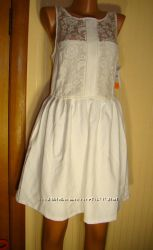 Платье Zara Trafaluc.