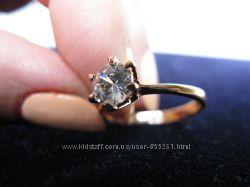 Элегантное женское кольцо с покрытием из розового золота 18К