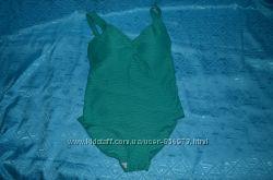 Зеленый купальник от TU . Высокого качества