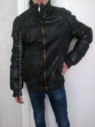 Мужская зимняя кожаная куртка ICEBERG размер S Италия