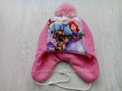Зимняя шапка с Софией
