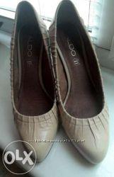 Нежные женские кожаные туфли, светло бежевые Aldo, 38 размер