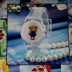 Миньоны, детские кварцевые часы Миньон, новые