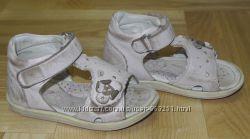 Кожаные босоножки Bartek для девочки, размер 24 15, 5 см