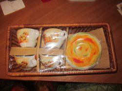 Набор чашек с блюдцами