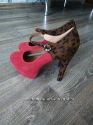 Новейшие туфли очень шикарние