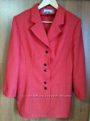 Жакет, пиджак красного цвета