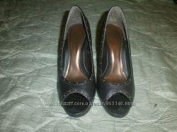 Продам прикольные туфли на каблуку