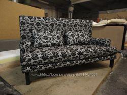 Продам чёрно- белый диван