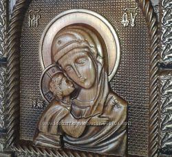 Деревянная резная икона Богоматери Игоревская