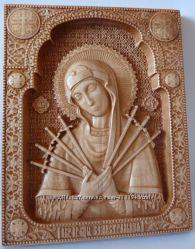 Резная деревянная икона Богоматери Семистрельная