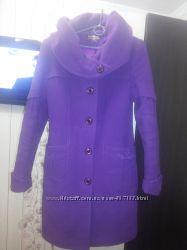 Качественное пальто с капюшоном