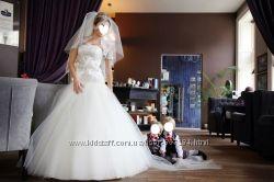Весільна сукня- мережево  фатін та камні Сваровські