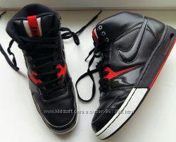 Продам кросы Nike